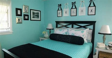 Seafoam Bedroom Ideas by Black Pillow Blanket And Seafoam Green Sheets Turquoise