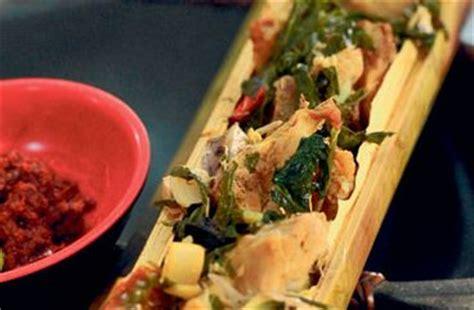 cara buat nasi bakar bambu resep ayam isi buluh bambu khas sulawesi nikmat