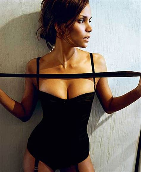 Halle Berry And Damn In Esquire Egotastic by Halle Berry Is In Esquire Fashionmag Us
