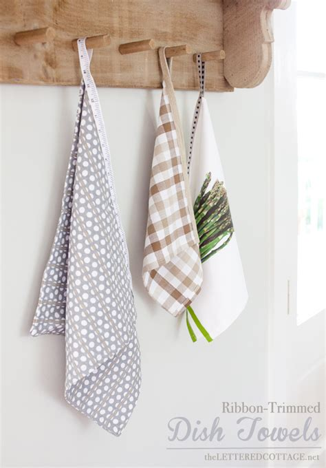 Hanging Kitchen Towels by Diy Hanging Dish Towels The Lettered Cottage