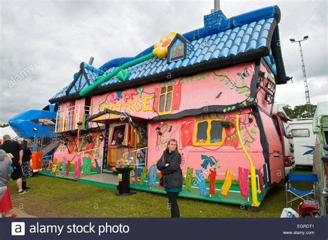 crazy houses crazy house at fun fair kent county show stock photo royalty free image 79191729 alamy