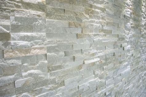 muro pietra interno rivestimento muro interno in pietra di abitazione privata