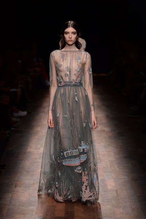 Dress 2675 Cf Grey Cincin Fashion 46 best valentino haute couture s s 2015 images on valentino couture for and