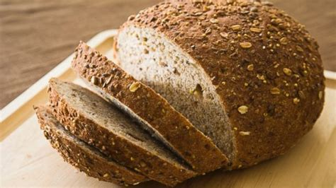 whole grains for bread 3 delicious ways to kick the white bread habit abc news