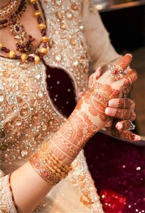 beautiful hands with bangles dps for girls awesome dp bridal mehndi hand jewelry and bangles xcitefun net