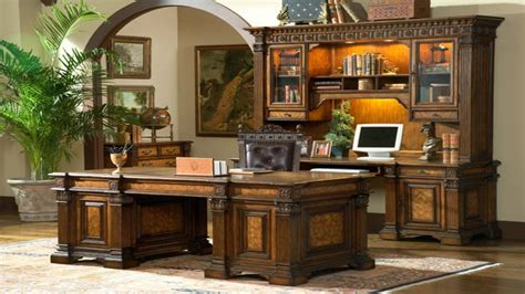 Executive Style Desk Executive Home Office With Desk Home Home Office Executive Desks