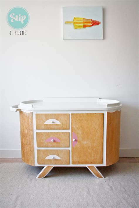 Commode Retro by Vintage Commode Ovaal Stip Styling