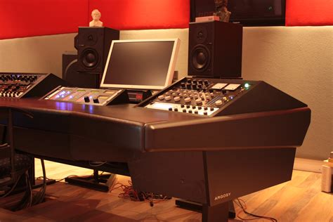 Emastering Studio Emastering Argosy Studio Desk