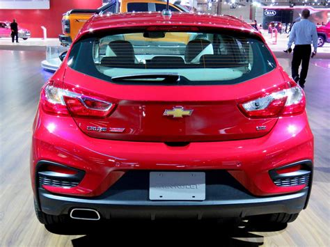 chevrolet cruze hatch pre o chevrolet cruze hatch 2017 pre 231 o consumo desempenho