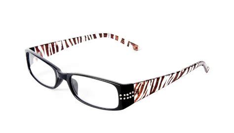 studio 1 optics women s zebra reading glasses 2 25