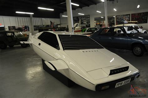 auto bid on ebay lotus esprit fins retractable wheels