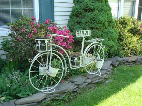 Tempat Vas Bunga Bentuk Sepeda 10 ide pot bunga dari barang bekas satu jam