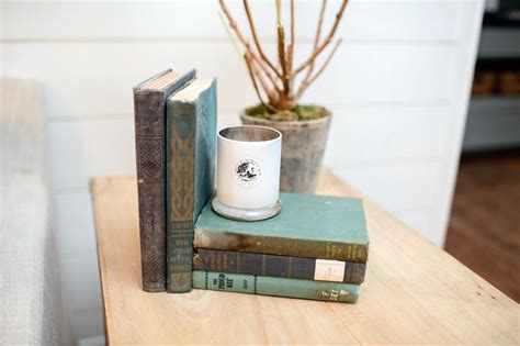 fixer upper magnolia book fixer upper country style in a very small town hgtv joanna gaines and decorating