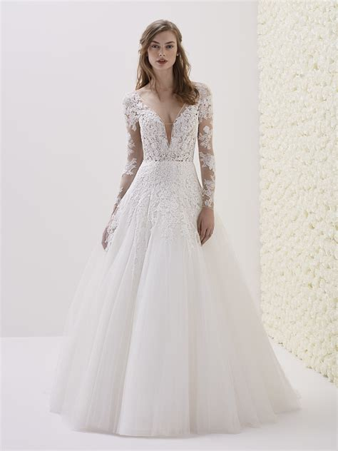 Wedding Gowns Lace Sleeves by V Neck Sleeve Lace A Line Wedding Dress