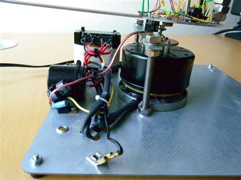 spinning motor spinning led display using fan motor hacked gadgets