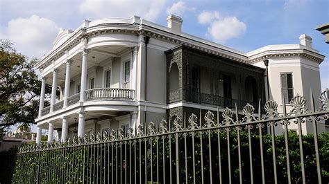 buy a house in new orleans garden district most expensive neighborhood to buy a house according to real estate site