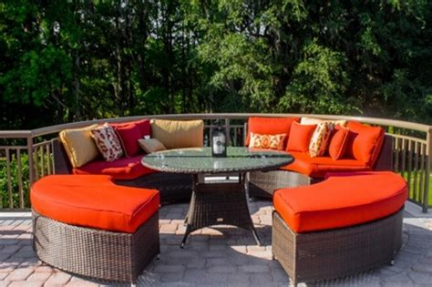 the perfect fabric for your outdoor furniture interior