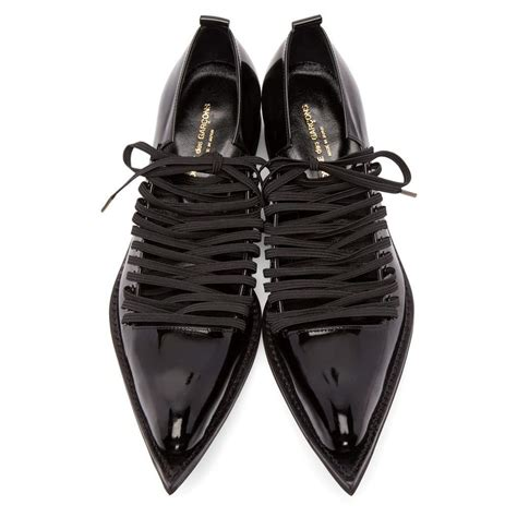 comme des gar 231 ons women s black patent leather pointed