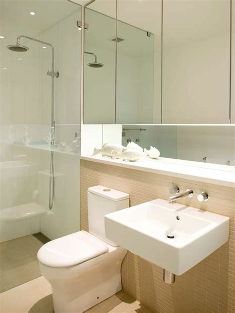compact ensuite design ideas remodel pictures houzz
