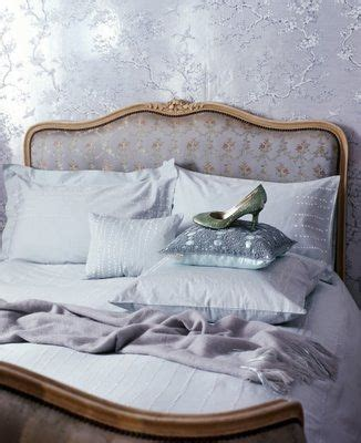 cinderella s bedroom 1000 ideas about cinderella bedroom on pinterest