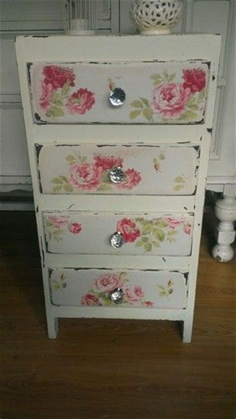 Vintage Decoupage Furniture - white vintage chest of drawers with roses decoupage