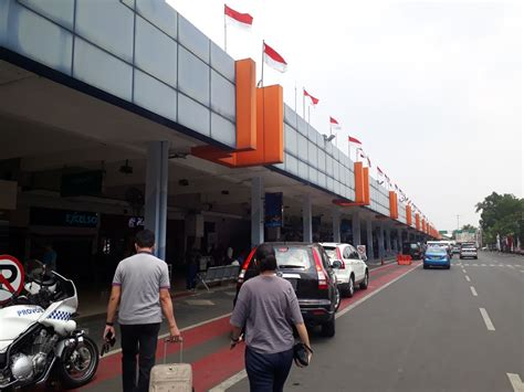 batik air jakarta surabaya review of batik air flight from jakarta to surabaya in economy