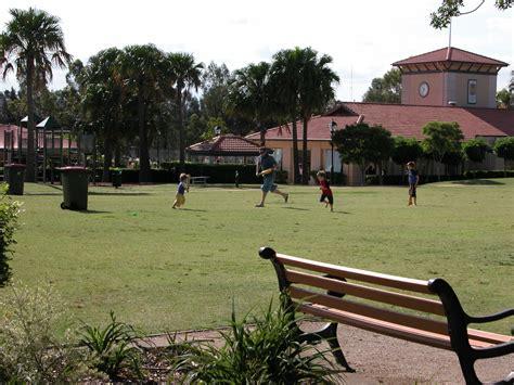 file libertygrove villagegreen cricket jpg wikipedia