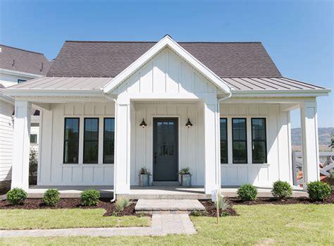 white modern farmhouse home bunch interior design