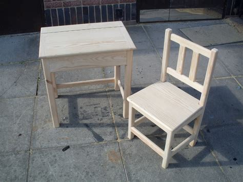 Kid Desk And Chair Crafted Childrens Desk And Chair Table Seat Handmade Quality Pine Ebay