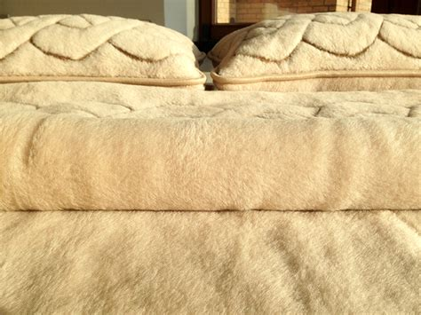 wool bedding wool quilts shop woll medicovers duvet underblanket