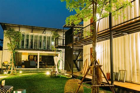 S7 Hostel Bangkok Thailand Asia the best budget hostels in bangkok just a pack
