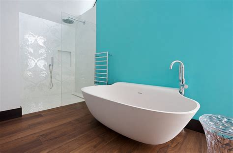 refurbished bathtubs best stand alone bathtubs for great interior solutions