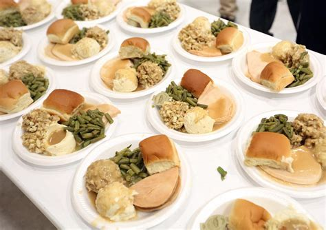 thanksgiving dinner planning how much to serve whole looking for a thanksgiving meal these madison restaurants