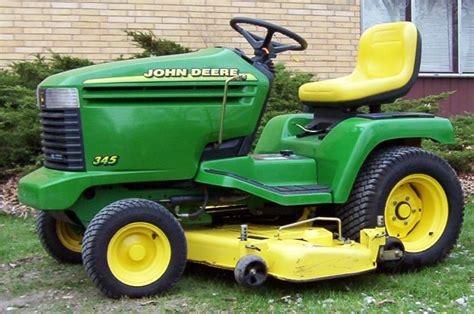 Lowes Garden Tractors by Deere Model 345 Images