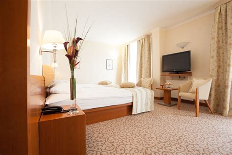 standard size of comfort room single room comfort 187 union hotels