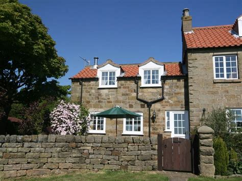 Robinhoods Bay Cottages by Smuggler S View Robin Hoods Bay Whitby Whitby