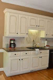 Kitchen Cabinet Glaze Colors Painted Kitchen Cabinet Details Sherwin Wms Antique White With Valspar Glaze Home