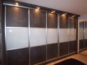 portes de placard coulissantes en m 233 lamin 233 et verre laqu 233
