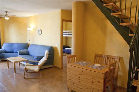 apartamentos de alquiler en zahara de los atunes apartamento de tres dormitorios en zahara de los atunes