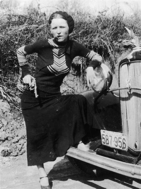 The ten most notorious female criminals | Pistols, People