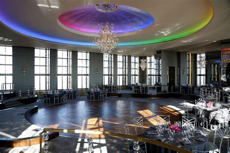 Renovated Rainbow Room Reopens Today Com Rainbow Room