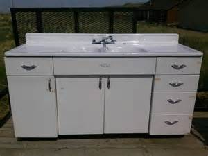 Sink Kitchen Cabinet Youngstown Kitchens By Mullins Kitchen Sink And Cabinet