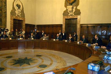 presidenza consiglio dei ministri contatti weboggi spezzano albanese bambini immigrati spariti