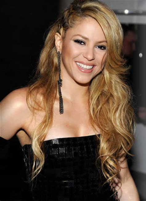 biography shakira shakira 2013 hairstylegalleries com