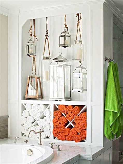 seashore bathroom decorating ideas lantern display