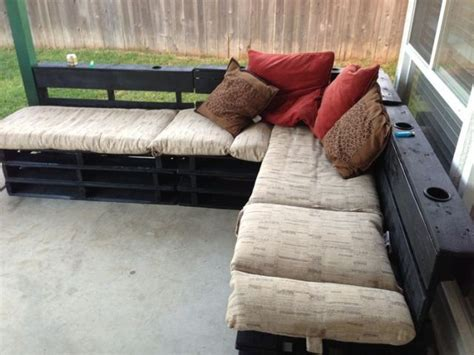 pallet couch cushions diy 20 cozy diy pallet couch ideas pallet furniture plans