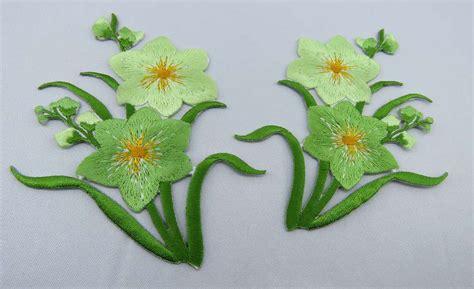 Blumen Sticker Zum Aufnähen by Blumen Gr 252 N Aufb 252 Gler Stickerei Neu