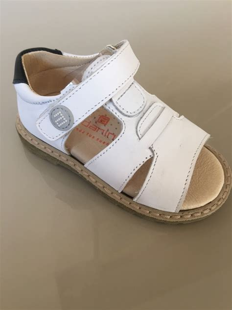 boys navy leather sandals boys andanines sandals white leather with navy