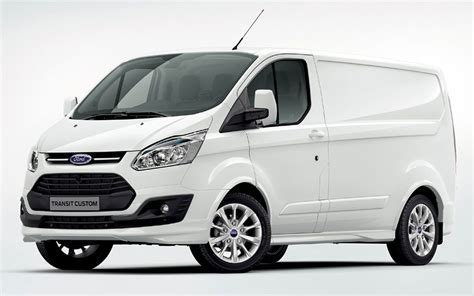 The Motoring World: Ford presents latest Transit and Transit Custom line up powered by state of