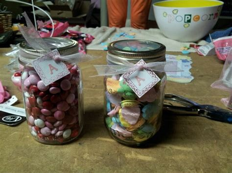 Door Prizes For Baby Shower Baby Shower Door Prizes Count Of Candies In A Jar A New Twist Put A In The Center